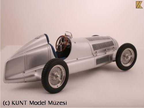 1934 MERCEDES BENZ W25